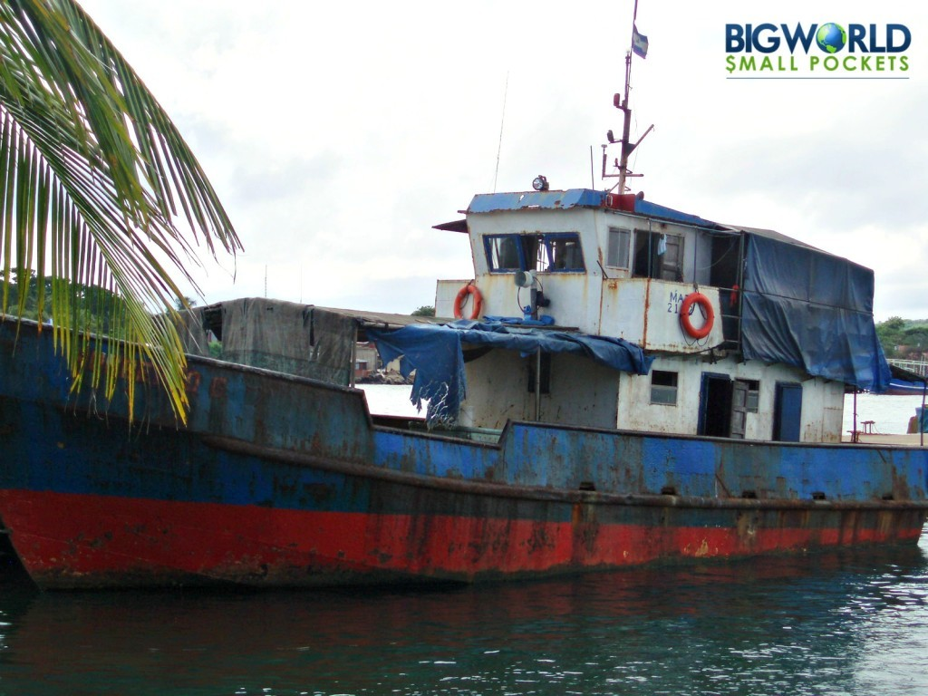 how to travel from panama to colombi